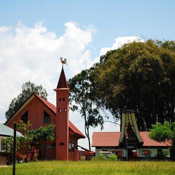 Kostel se symbolem kohouta, Tana Toraja