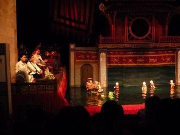 Představení vodního loutkového divadla