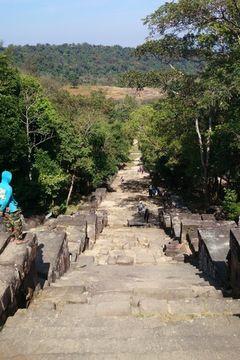 Schody k chrámu