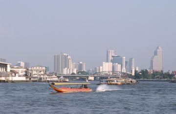 Bangkok - řeka Chao Phraya