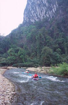 Řeka Nam Song v okolí Vang Viengu