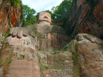 Velký Buddha v Leshanu