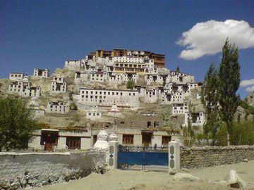Ladákh – klášter Tikse v údolí Indu
