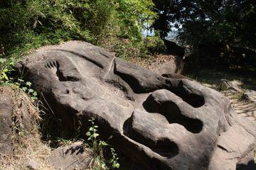 Negativně vytesaný krokodýl