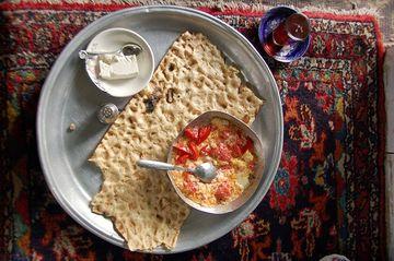 Typická íránská snídaně