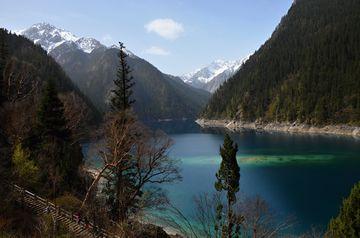 NP Jiuzhaigou – Dlouhé jezero