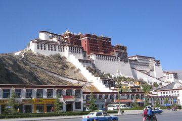 Palác Potála, Lhasa