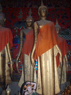 Sochy Buddhů