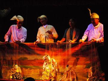 Barmské loutkové divadlo