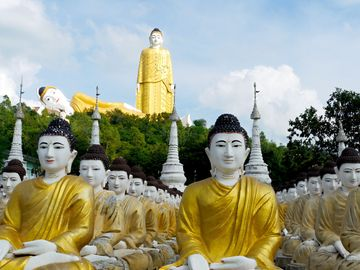 Monywa - obří socha Buddhy