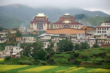 Zhongdian – klášter Gandän Sumceling