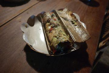 Pa'piong – nasekané maso s bylinkami upečené v bambusu