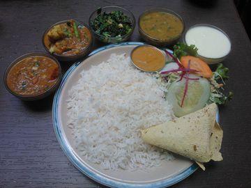 Dal bhat - tradiční pokrm