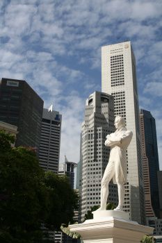 Socha zakladatele Singapuru - sir Thomas Stamford Raffles