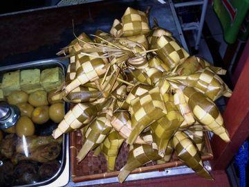 Rýžové knedlíčky ketupat