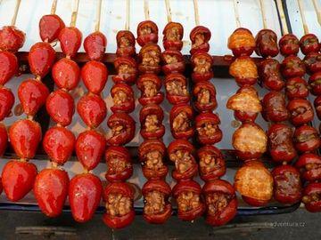 Ovoce na špejli