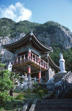 Buddhistický klášter na ostrově Čedžu