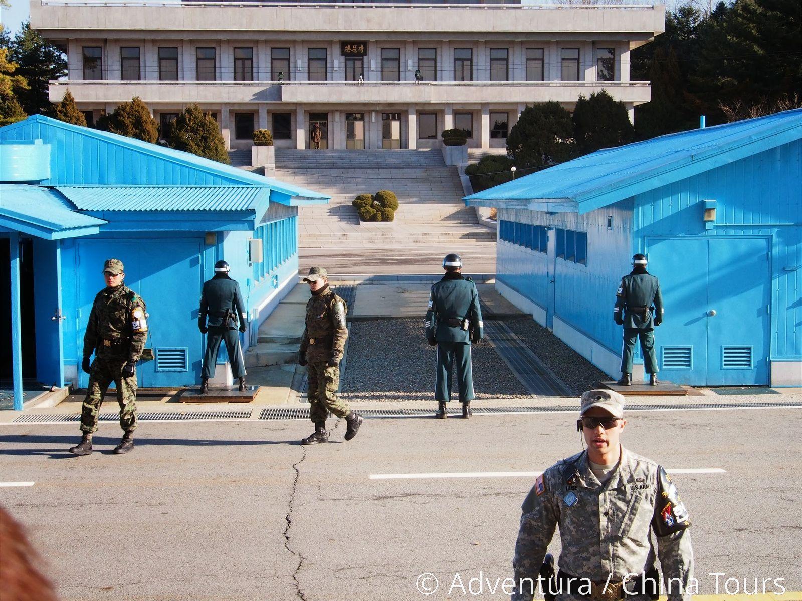 Korejské modly se datují jeden druhého