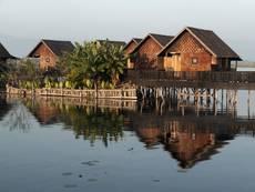Ubytování na jezeře Inle