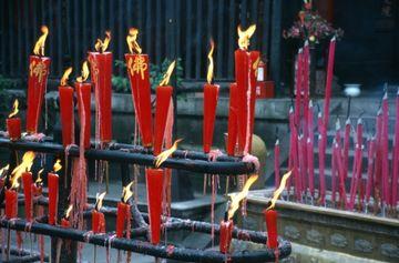 V buddhistickém klášteře