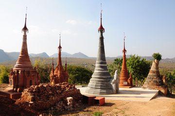 Šanské pagody v Indein